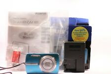 Olympus µ 820 8.0MP Digital Camera - Crystal blue