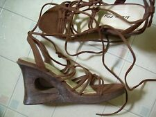 Bee Fly Brown Lace Up Strappy Platform Wedge Sandals Suede Laces Size 7 Women