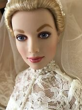 "Franklin Mint Princess Grace 16""Vinyl Doll in WEDDING Ensemble w/Stand& Bouquet"