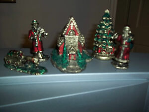 RUSS CHRISTMAS VILLAGE 5 PIECES MULTI-COLORED CHURCH, CHRISTMAS TREE, SANTA,