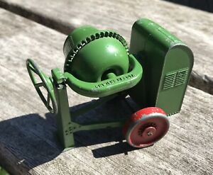 MOKO Early Lesney Large Scale Green Cement Mixer With Red Wheels !!