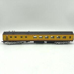 Bachmann Spectrum HO 89024 Union Pacific 72' Diner Combine Train Car UP 4051 NR