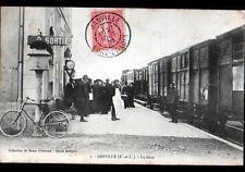 JANVILLE (28) TRAIN en GARE trés animée en 1906