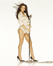 Katharine McPhee UNSIGNED photo - H418 - American actress, singer and songwriter