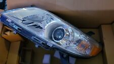 Headlight For 2011-2015 2016 2017 2018 Toyota Sienna (passenger)Right With Bulbs