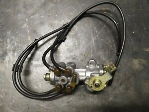 SUZUKI RG 500 GAMMA pompa olio oil pump e bracket braccio