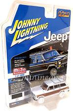 Johnny Lightning Jlcp7009 1981 Jeep Wagoneer 1/64 Model Car Chase Car White