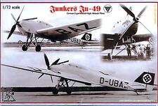 Unicraft Models 1/72 JUNKERS Ju-49 German Experimental High Altitude Plane