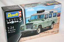 Land Rover Series III LWB - 1:24 - Revell