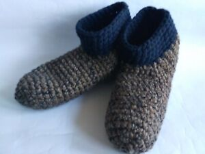 Crochet men`s wool slippers /Brown blue / Size USA 10-11, Home shoes, socks