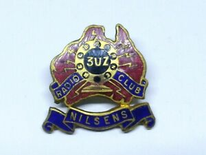 3UZ RADIO CLUB NILSENS BADGE / PIN MARKED STOKES MELB