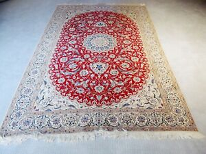 Outstanding Floral Wool&Silk RED Nain Hand-Knotted Oriental Area Rug /  Carpet.
