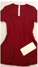 Lululemon Circadian Short Sleeve Tee Size 6 Heathered Cranberry V-Neck NWT