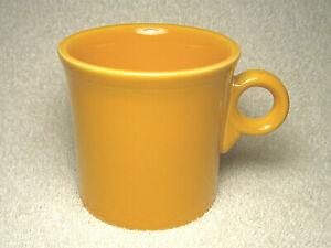 VINTAGE FIESTAWARE FIESTA WARE HLC ORANGE RING HANDLE COFFEE CUP MUG USA - NICE