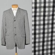 Medium 39L 1950s Black and White Seersucker Jacket Flap Pockets Vtg Gingham