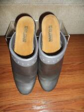 Naot Women's Silver Metalic Leather Clogs Mules Slip On Shoes Size EUR 39 US 8.5