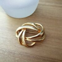 Vintage Gold Tone Metal Oval Braided Plaited Pin Back Brooch Costume Abstract