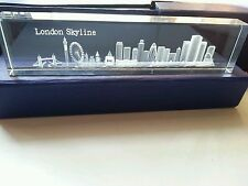 LONDON 3D SKYLINE CRYSTAL GLASS  SHOWPIECE , PAPER WEIGHT (LARGE) SOUVENIR GIFT