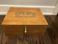 "Antique Quarter Sawn Oak Box Dovetailed Gold Flourish 15"" X 12"""
