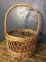 Vintage Traditional Woven Wicker Shopping Basket