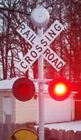 "Railroad Crossing Universal KIT - 4"" LED - 10"" COVER - 8"" BELL - WIRELESS"