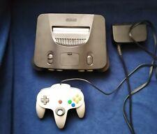 Nintendo 64 Spielekonsole mit Controller