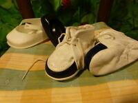 vintages =11cm chaussures poupon ou poupée +2dépareillées