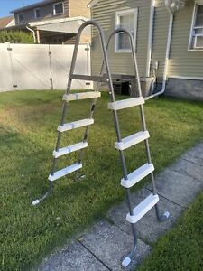 """Intex Pool Ladder Good For 48"""" Above Ground Pool"""