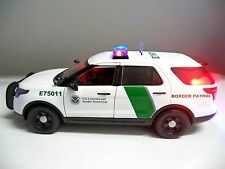"""BORDER PATROL"" FORD PI SUV Explorer 1/18 Scale POLICE Ut WORKING LIGHTS SIREN"