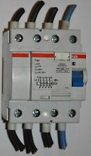ABB Interrupteur Différentiel Automatique 4 Broches 63A 300mA F364-63/0.3 RCCB