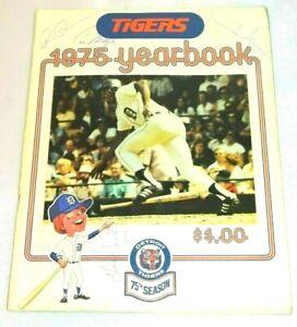 1975 Detroit Tigers Yearbook 16 Signed Autographs Arroyo Rookie La Flore Veryzer