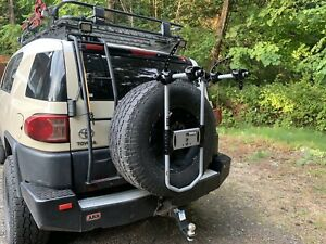THULE *HOOD RIVER* Spare Me Spare Tire Bike Carrier.