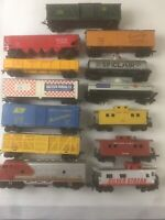 H O SCALE LOCOMOTIVE,2-CABOOSE & 10 Train Cars(Different Makes)TYCO,VARNEY,PEMCO