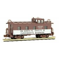 AT&SF 'Safety' 36' Riveted Steel Offset Cupola Caboose MTL #100 51 370 N-Scale