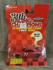 Racing Champions - NASCAR CLASSICS - BOBBY ISAAC 1969 DODGE #71