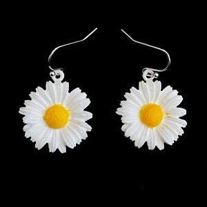 Retro 60s 70 80s 90s Emo Indie Boho Rock Festival Daisy Flower Earrings Ear Ring