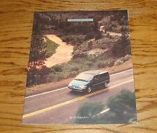 Original 1995 Oldsmobile Silhouette Deluxe Sales Brochure 95