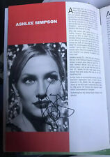 ASHLEE SIMPSON SIGNED CHICAGO THEATRE PROGRAMME NEWLYWEDS MELROSE PLACE!