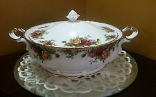 Royal Albert Old Country Roses Covered Casserole Vegetable Soup Dish  England