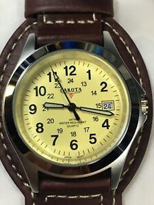 The Dakota Watch Company Clip-on Date Men's Watch ! Works Well!