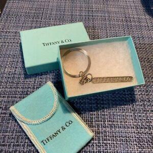 Authentic Tiffany & Co. Logo Sterling Silver Bar Keychain Key Ring Charm 10.8cm
