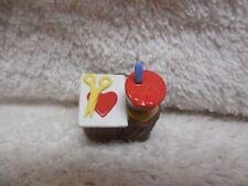 Hallmark Merry Miniatures '92 Heart Valentine Tree Stump