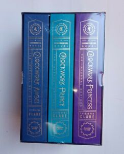 """Illumicrate """"The Infernal Devices"""" BUY OR TRADE for Fairyloot Red Rising set"""
