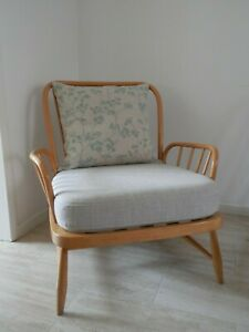 BEAUTIFUL BLONDE ERCOL CHAIR in STONE/CREAM