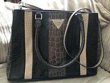 BNWT Authentic GUESS 'Bay View'  Black, Grey & Cream Patent Handbag Shoulder Bag