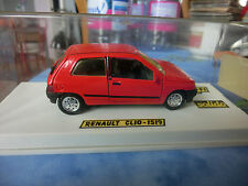VOITURE RENAULT CLIO 1/43 DE SOLIDO N° 1519 DANS SA BOITE MADE IN FRANCE