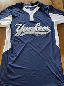Majestic New York Yankees Baseball Jersey Sz.Adult Small NEW W/o Tag COOL BASE.