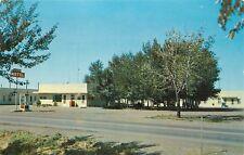 Glendive, Montana, MT, Hilltop Motel, Phone Booth, 1961 Vintage Postcard a7520