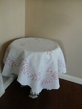 """Vtg White Linen Pink Floral Hand Embroidered 39"""" Square Tablecloth Tea , Card"""