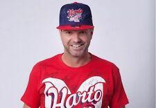 Gorra de Chivas con autógrafo de jugadores del plantel campeón. (Chivas hat)